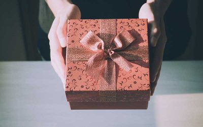Should you outsource your gift card solution or develop it in-house?